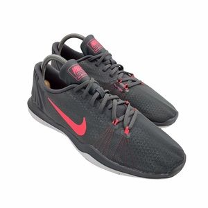 NIKE   Flywire Training Shoes   Gray/Pink   Sz 10